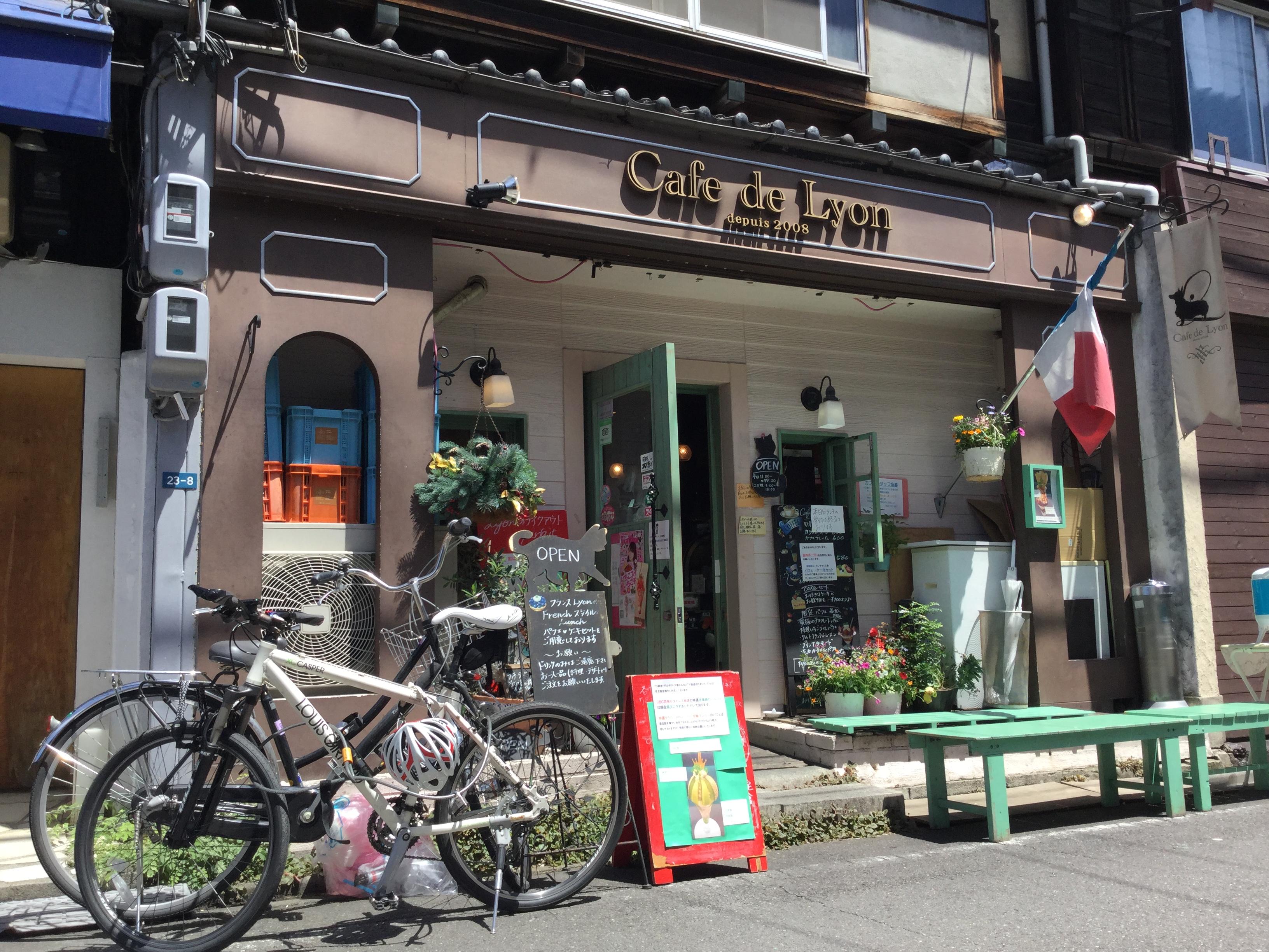 カフェドリオン cafe de lyon パフェ フルーツ