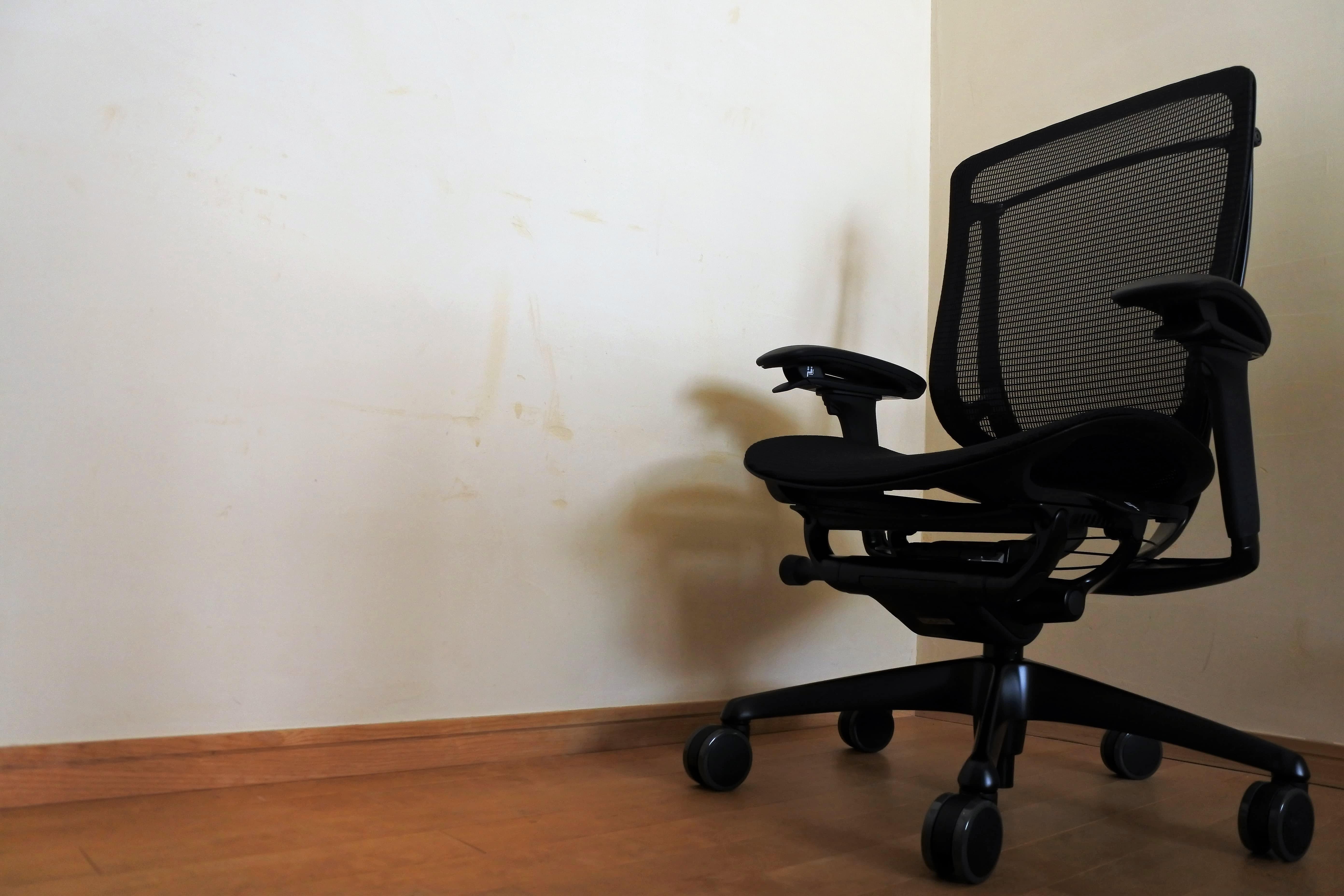 コンテッサセコンダ contessa2 オフィスチェア