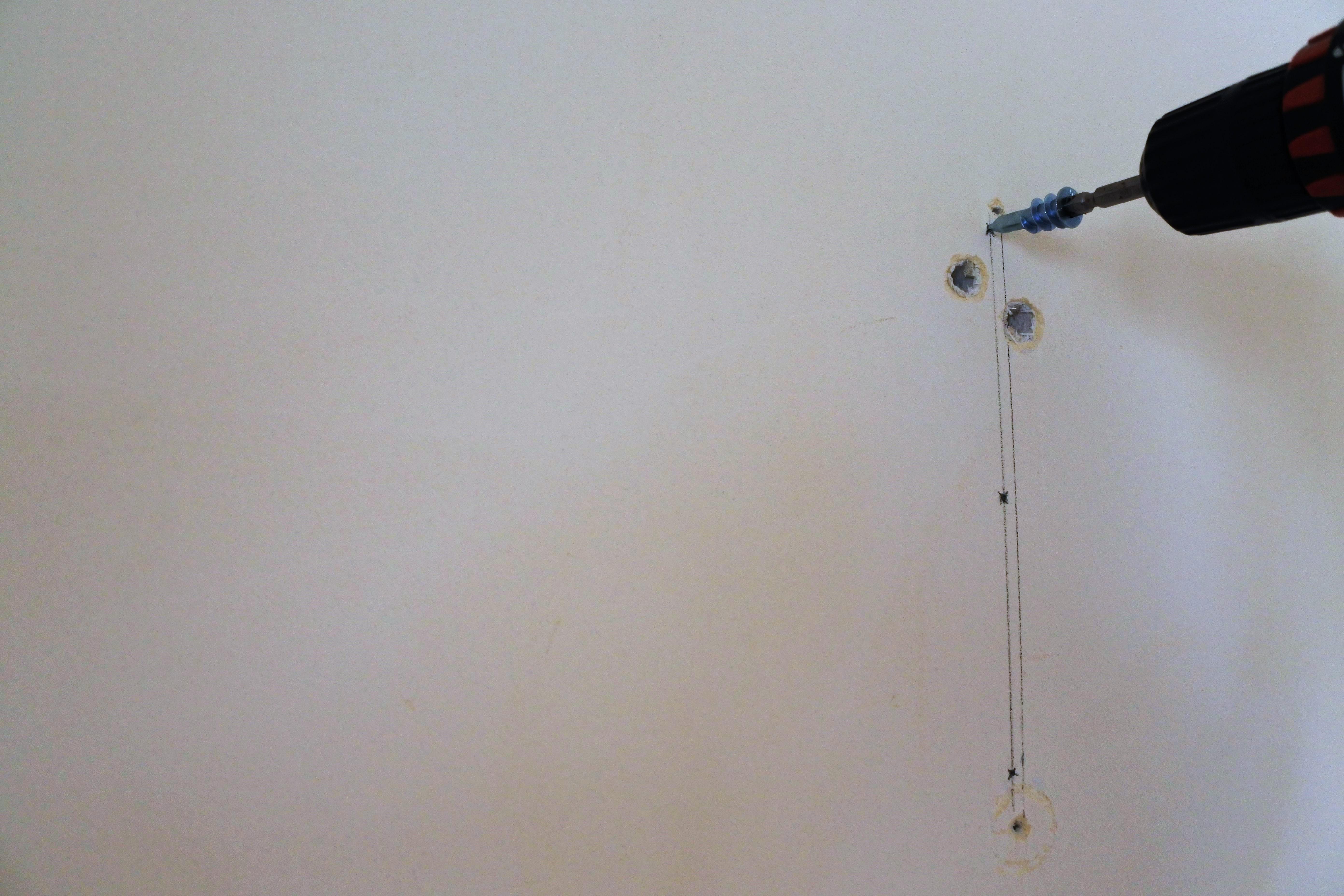 室内干し ワイヤー おしゃれ 天井 アイデア