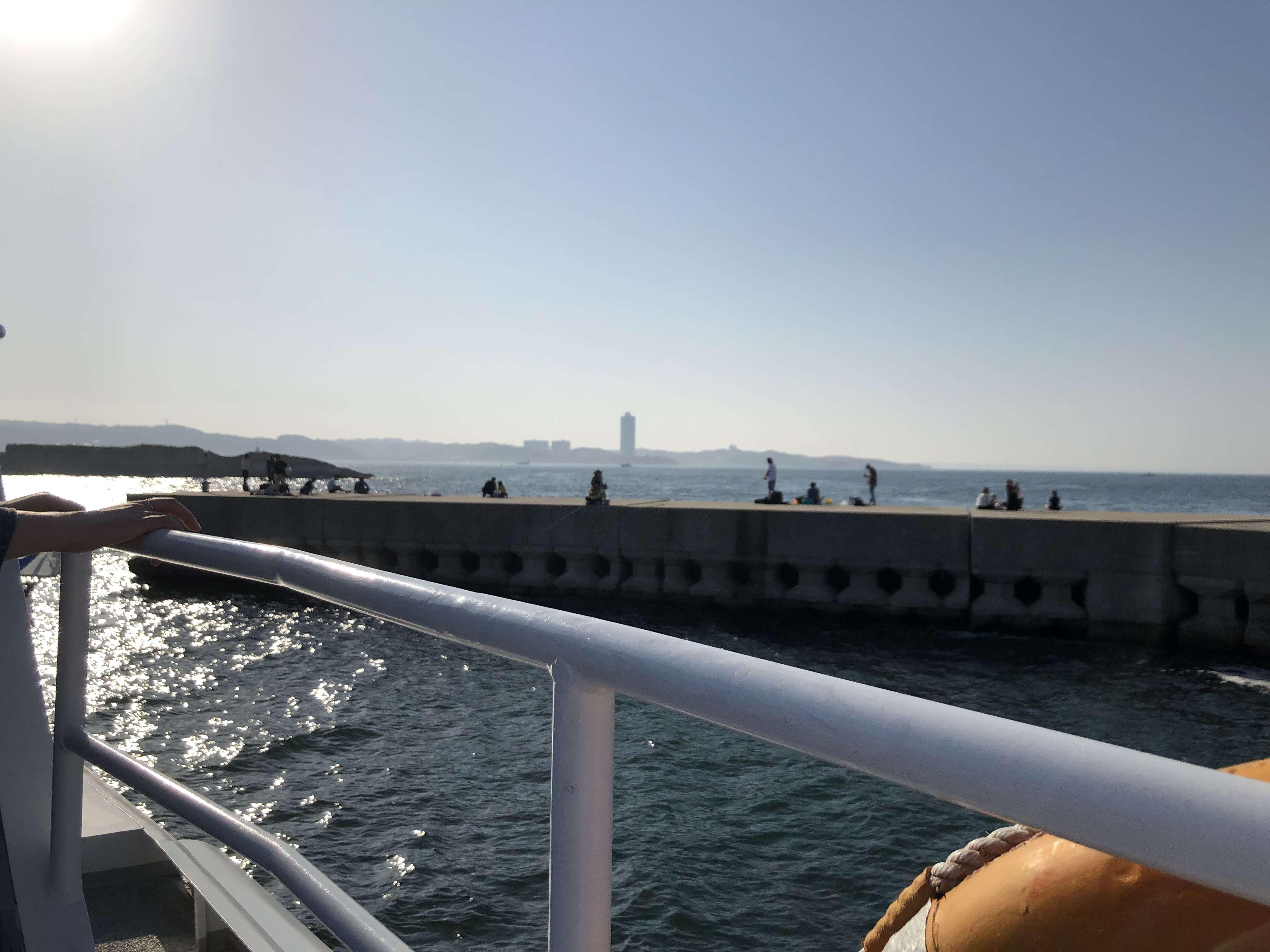 日間賀島 高速船 デッキ